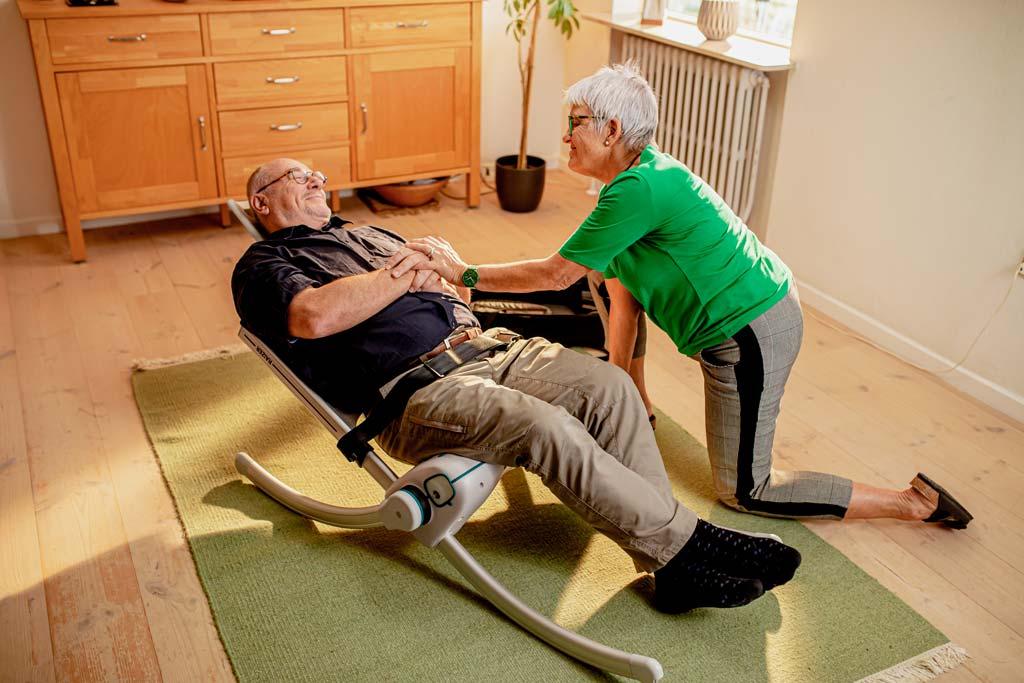 The Raizer M Manual Lifting Chair