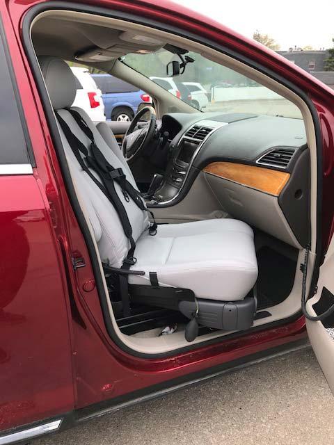 The BranAbility® Turny® Evo rotating seat lift